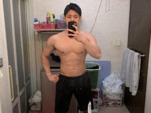 トレーナーの100kg時の写真